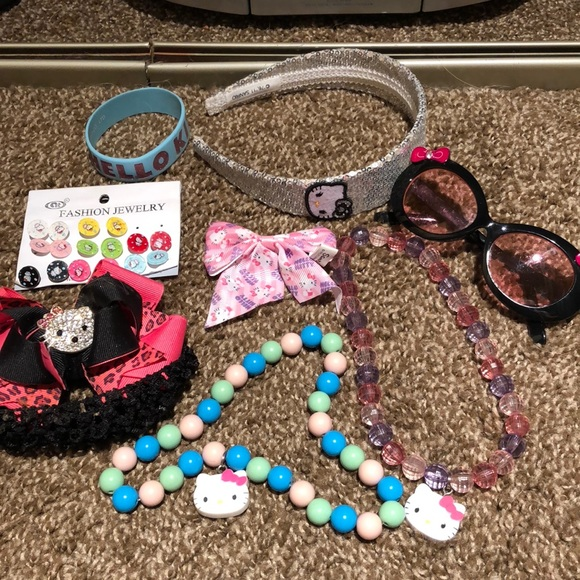 Hello Kitty Other - Hello Kitty Accessories. 5 headbands for free
